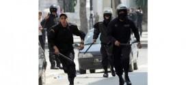 الشرطة التونسية تقتل 6 بينهم 5 نساء في مداهمة بيت مقاتلين إسلاميين
